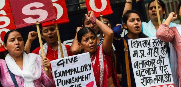 Inde : une femme tranche le pénis de son voisin harceleur