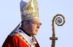 Pédophilie dans l'Eglise : le n° 3 du Vatican reconnu coupable