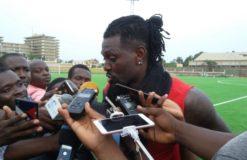 Adebayor disputerait son dernier match avec le Togo selon ses dires