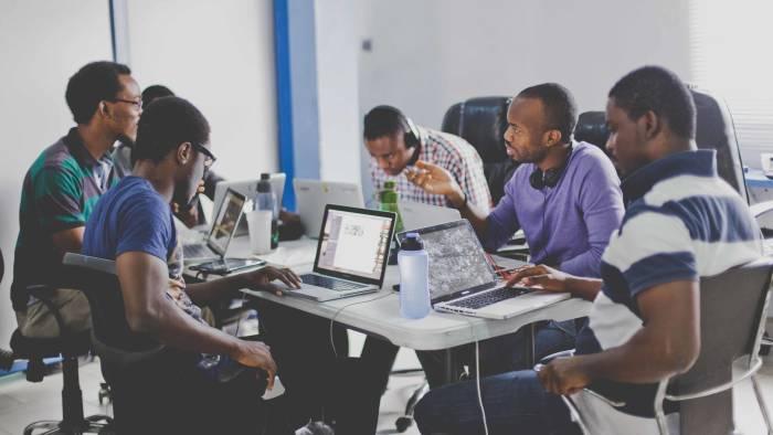 Le digital pour une meilleure communication sociale : Nouvelle formule