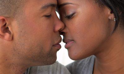 embrasser une femme
