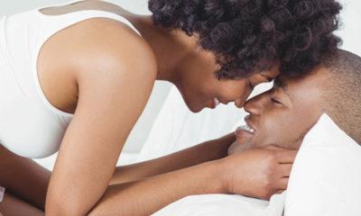 femme satisfaite au lit