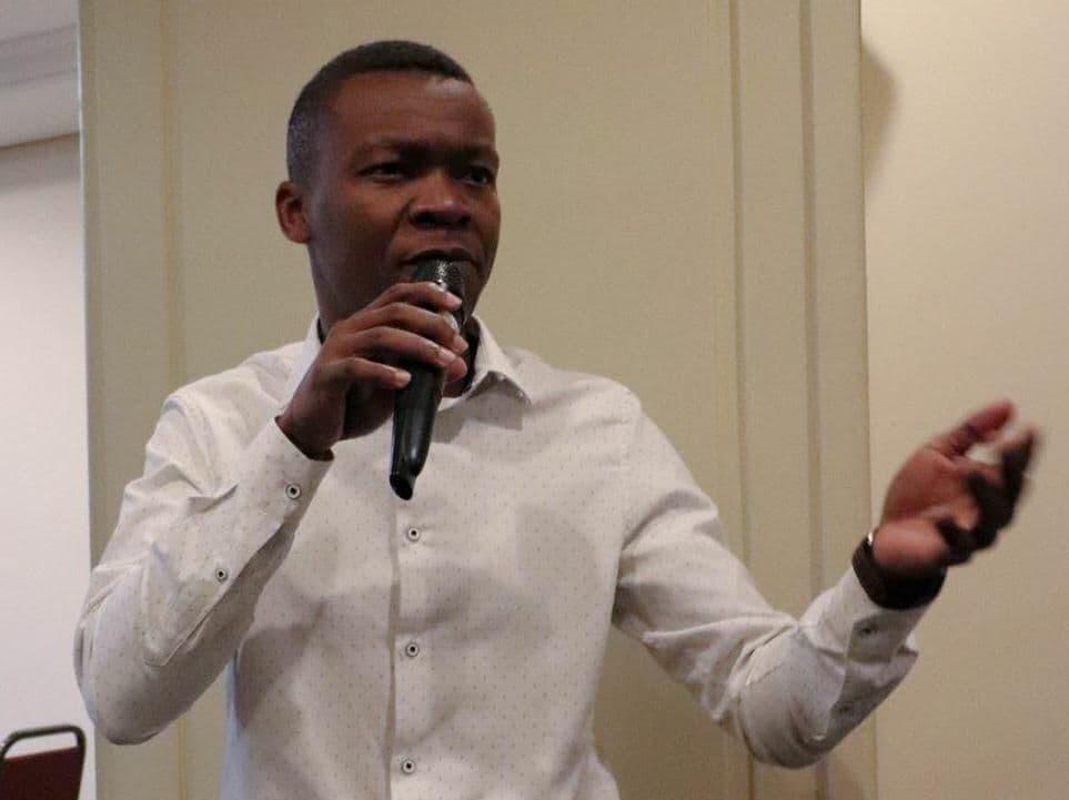 Ken Kelvin jeune congolais inventeur de la première montre intelligente