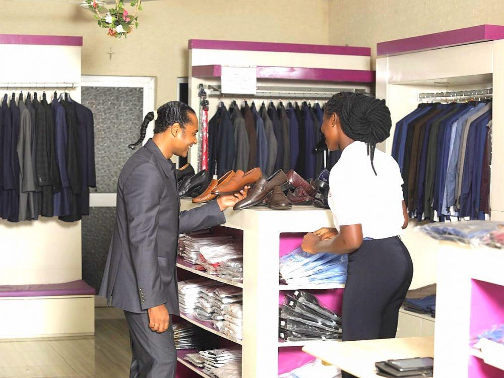 PHIL'S : la galerie vestimentaire qui vous habille avec classe et élégance !