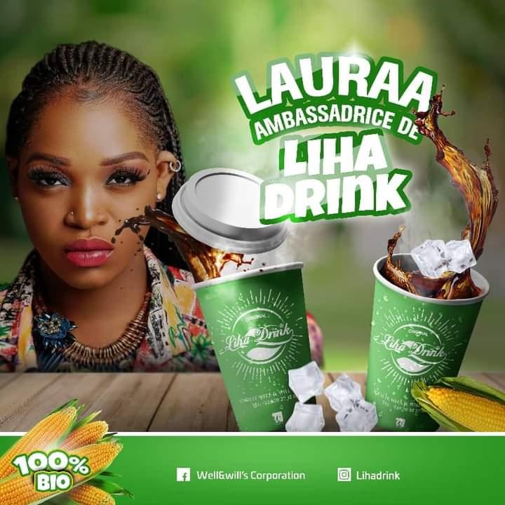 Togo : Lauraa signe un contrat d'ambassadrice avec une marque de boisson