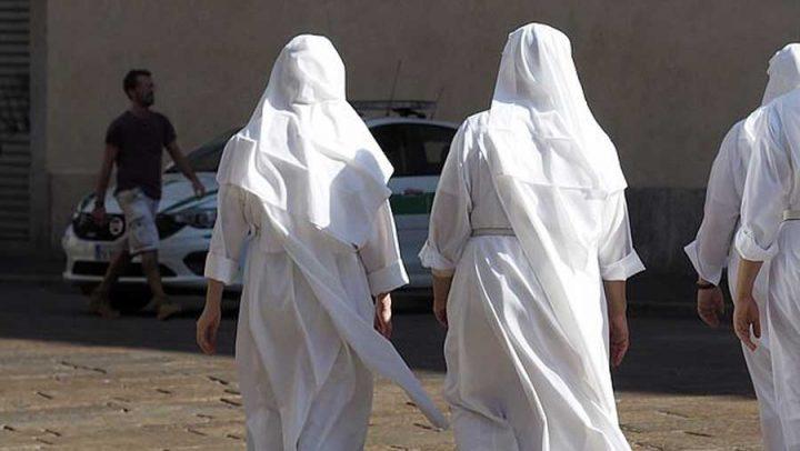 Nonnes italiennes enceintes
