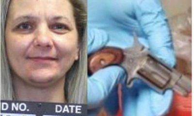femme cache arme vagin